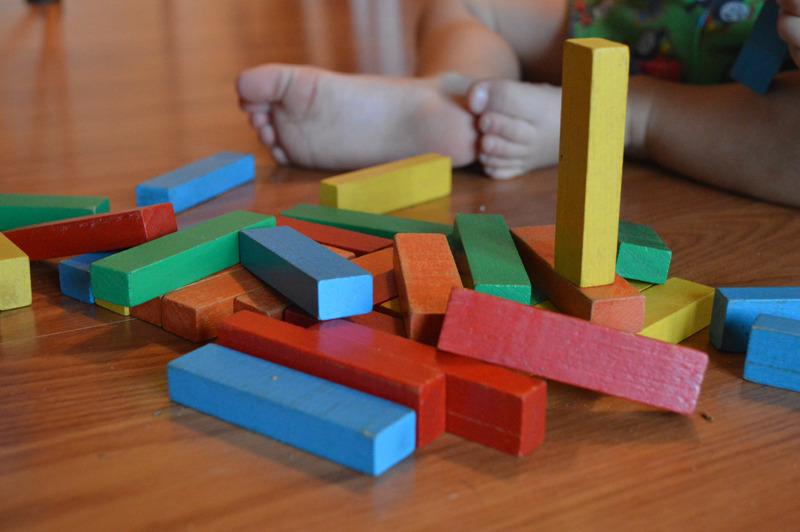 Montessori pedagogika na základních školách a jaký je její význam pro moderní pojetí vzdělávání ve 21. století